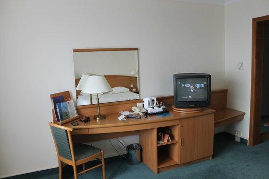 Novotel Poznan Centrum: Room