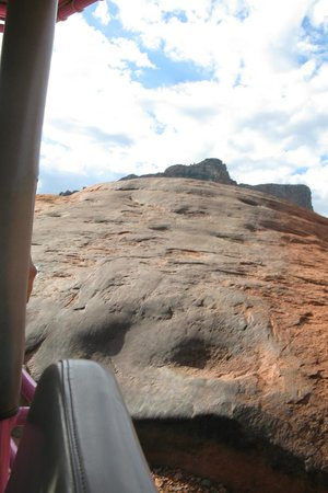 Pink Jeep Tours Sedona: Going Up