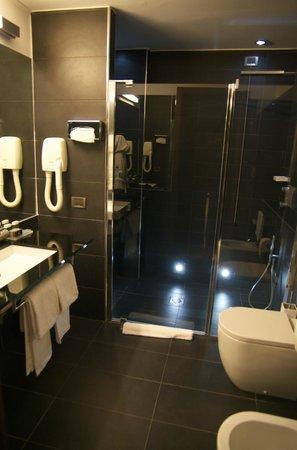 Hotel Dei Cavalieri: La salle de bain