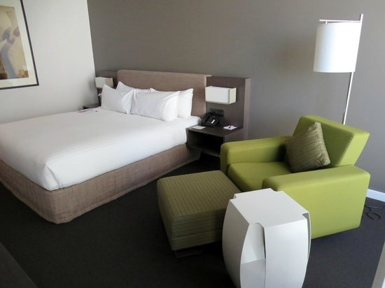 Crowne Plaza Adelaide: Zimmer