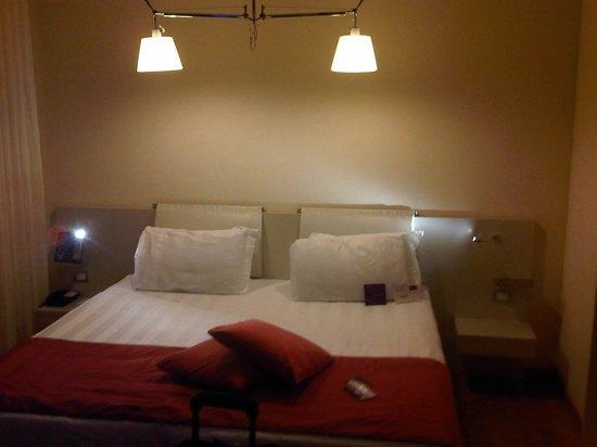 Mercure Milano Solari: Bed