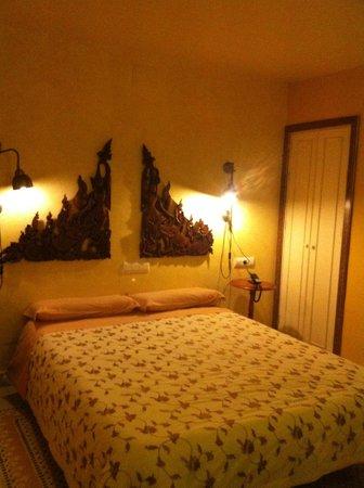 Hotel Argantonio: Avant de plonger dans les bras de Morphée