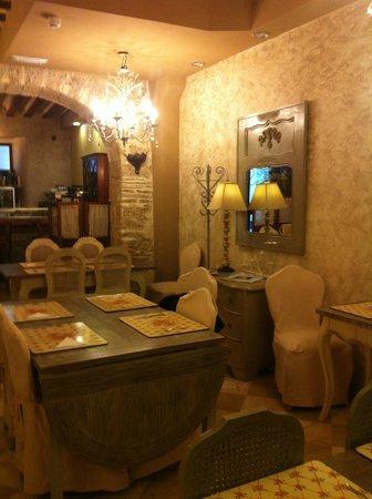 Hotel Argantonio: L'invitation au petit déjeuner