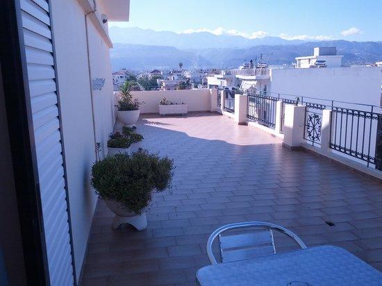Nefeli Hotel: terrazza drlla nostra camera