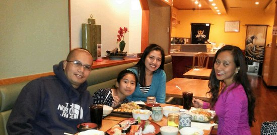 Hilton Toronto: Late lunch with my friends at Shiro of Japan...