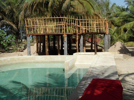Djidjack : Terrasse au bord de la piscine
