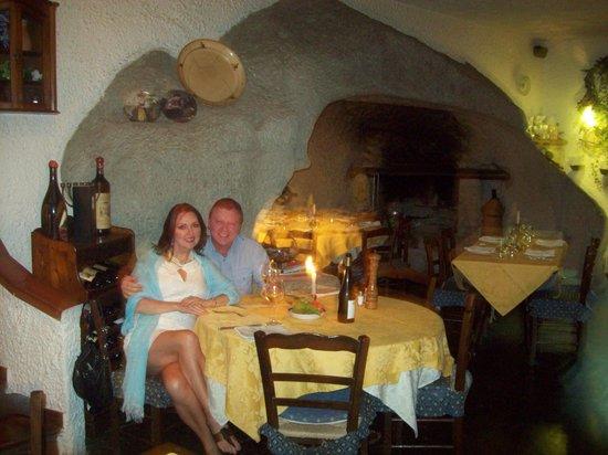 Montecorvo: Inside the restaurant