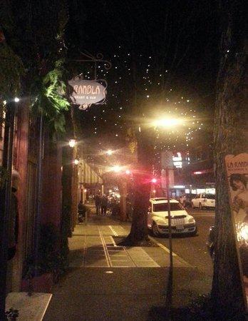 La Rambla Restaurant & Bar: La Rambla at night