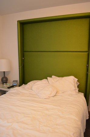 Holiday Inn Express Hotel Cass: Кровать