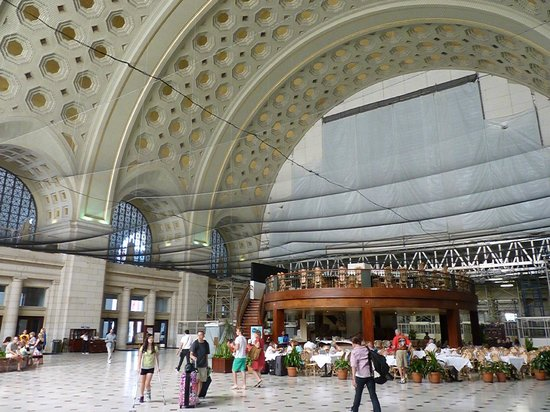 Union Station : always working, cleaning, and fixing up