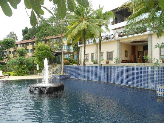 Supalai Resort & Spa Phuket: piscine