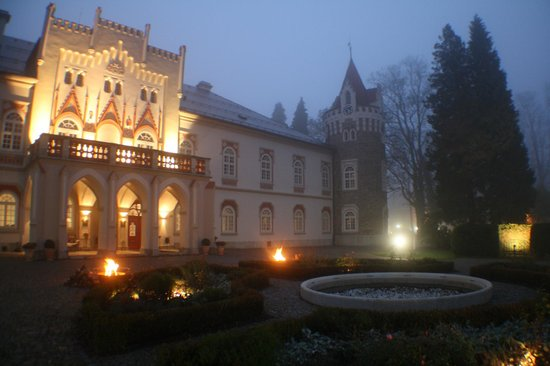 Chateau Heralec - Boutique Hotel & Spa by L'OCCITANE : Mystic atmosphere