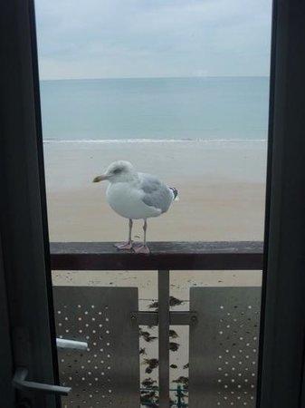 L'Horizon Beach Hotel & Spa: Hotel visitor