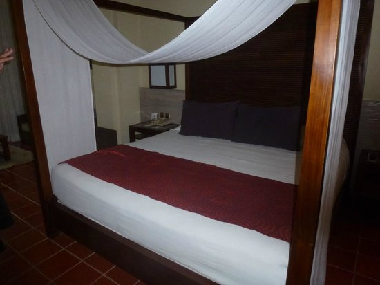 Catalonia Royal Bavaro: Cama
