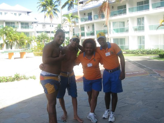 Grand Paradise Playa Dorada: equipe d'animation