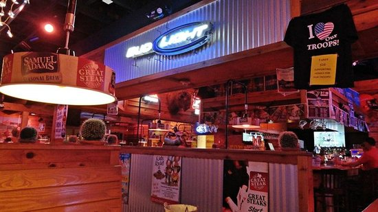 Texas Roadhouse: Interior del local