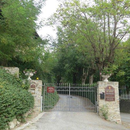 Hotel Castello di Sinio: Entrance