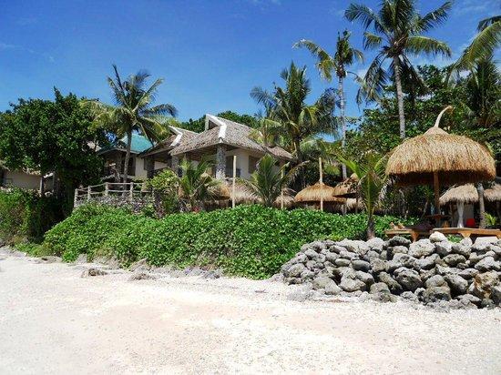 Tepanee Beach Resort: from the private beach
