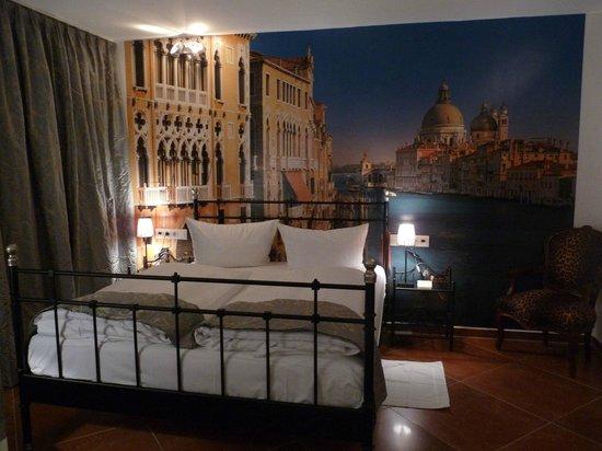 kleines Themenzimmer Venedig - Bild von Hotel Loccumer Hof ...