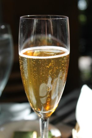 Cafe Degas: Champagne Cocktail