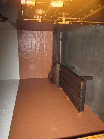 Greater Manchester Police Museum: cell