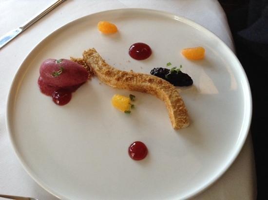 Thackeray's: desert cheesecake! surprisedw e were