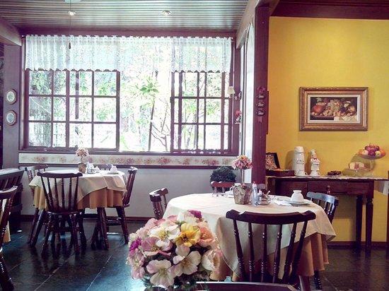 Pousada Serra da India: salão café