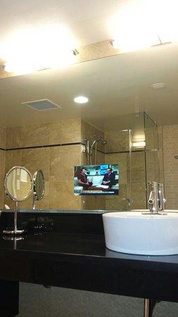 Hotel Nikko San Francisco: Baño de la habitación ejecutiva