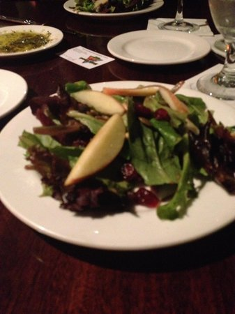 Middle Grounds Grill : spring greens/apple salad