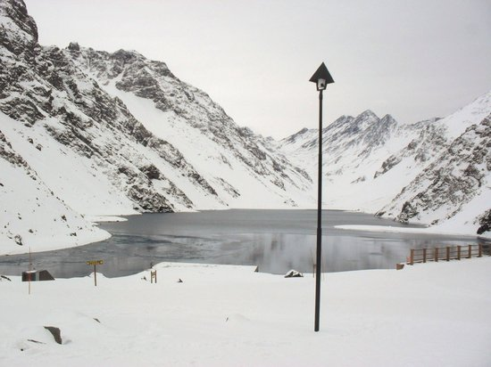 Lago Portillo Hotel