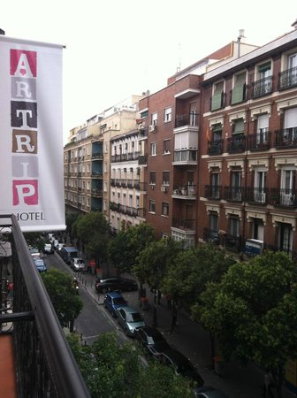 Artrip Hotel: A room with a view