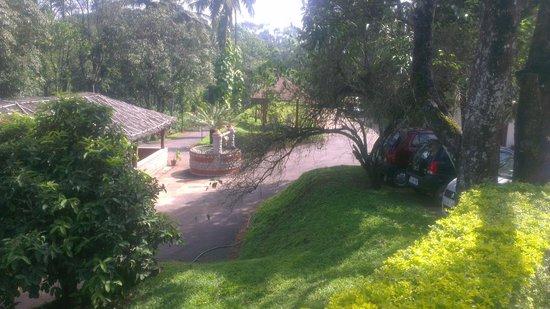 Carmelia Haven: hotel