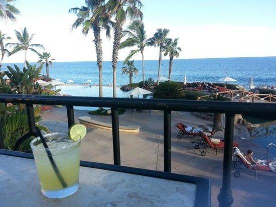 Sheraton Grand Los Cabos Hacienda del Mar: Drink with a view
