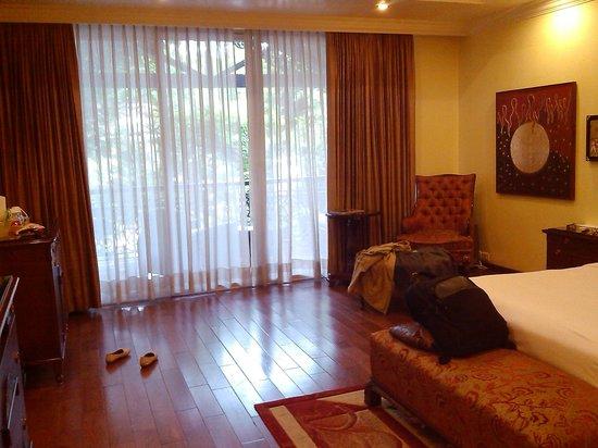 Mayfair Spa Resort & Casino: room_view