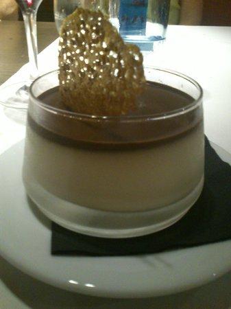 Restaurante Erroak: Cuajada de chocolate blanco