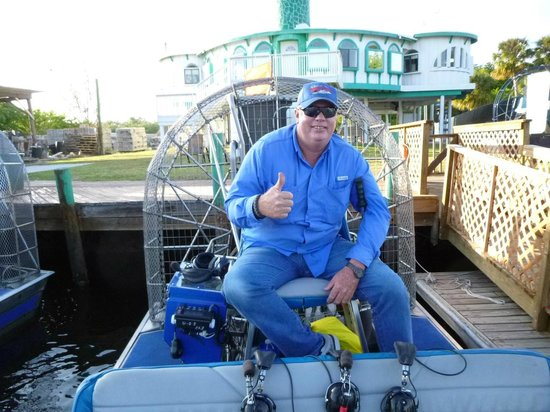 Everglades City Airboat Tours: Capt. Bobby