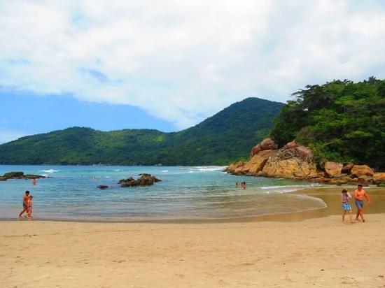 Pousada Recanto dos Passaros : Linda Praia,um encontro perfeito da Natureza!