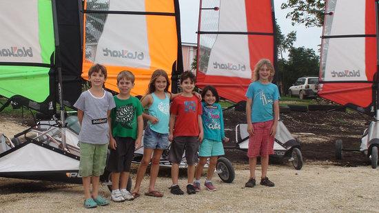 Blokart Land Sailing Vanuatu : Kids can too !!
