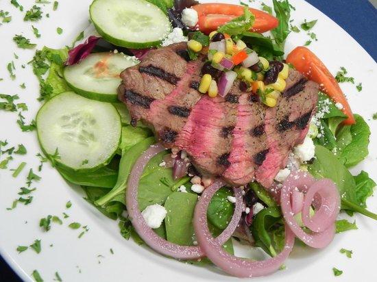 Cork and Catch : Grilled Steak Salad