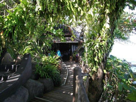 Marina Phuket Resort: View of entry to Restaurant on the Rock