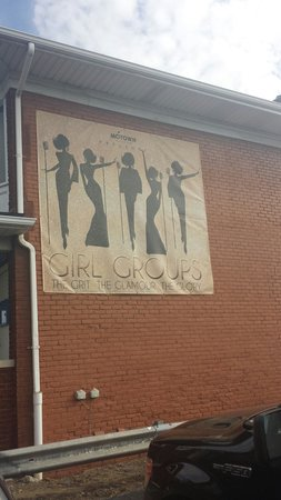 Motown Museum : This is on the side of the building