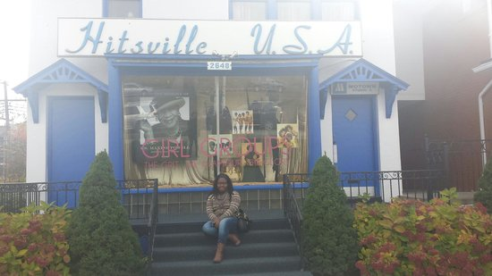 Motown Museum : Stairs were wet and I made her sit down. Sorry mama!