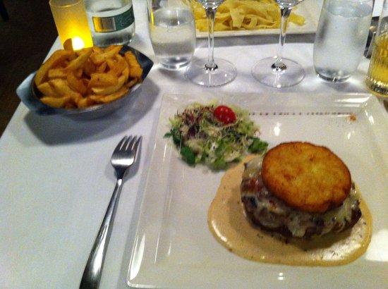La tete de Boeuf : Great burger!