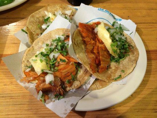 El Tizoncito: Tacos al pastor