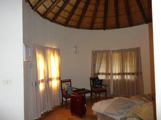 Mopani Rest Camp: Chambre 2 plus confortable.