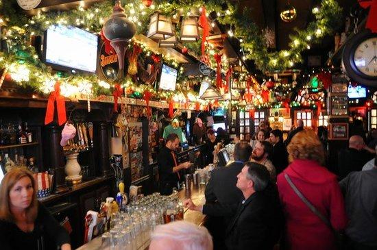 McGillin's Olde Ale House: At the bar