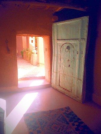 Kasbah Ait Moussa: deur/binnentuin