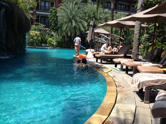 Padma Resort Legian: ラグーンプール