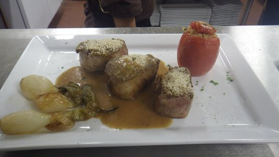 Osteria Piccoli: pork medallions with mustard seed.