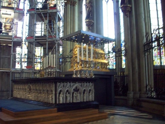 Cologne Cathedral (Dom): Inside the Cathedral
